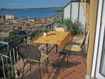 Traumhafte Aussicht auf den Gardasee und Maderno