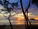 5 minute walk to gorgeous Kata Beach