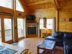 open livingroom - Brassua Lake Log Cabin