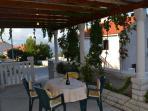 Nela 2(4): terrace