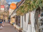 So many great shops, restaurants and cafes all within walking distance.