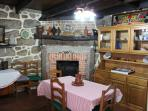 Sala jantar e lareira