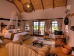 Karoo View Cottages with Aircon & indoor fireplaces
