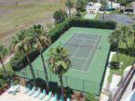Community Tennis Courts Available for All Guests