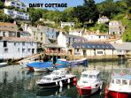 Daisy Cottage is located overlooking the historic, picturesque harbour of Polperro