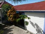petit bungalow indépendant entrée