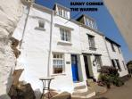 Sunny Corner is located overlooking the historic, picturesque harbour of Polperro