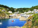 Photos of picturesque Polperro in Cornwall taken within 4-5 mins walk of Sunny Corner