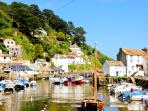 Little Warren is located in picturesque Polperro & just few minutes walk from the harbour
