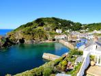 Photos of picturesque Polperro in Cornwall taken within 2-3mins walk of Little Warren
