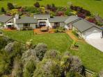 Holiday House & Farm, Kumeu, Auckland NZ