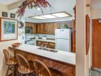 Aspen Creek #215 - Built in breakfast bar