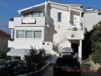 Villa Tanja with two Penthouse Apar. PETRA