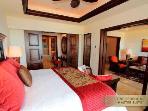 1 BR Master Suite. King bed.