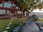 'Rocky Mountain Lodge' - Handcrafted 5BR Cedar Cabin outside Boise w/Private Hot Tub & Spectacular Views, Excellent Wedding and Retreat Venue