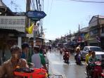 Bangkok - Songkran craziness in April near our home