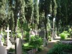 Acatholic Cemetery-10 minutes walking from home