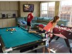 PRIVATE GAME ROOM! Professionally Air Brushed!