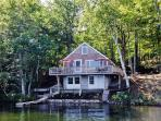 Pristine 2BR East Wakefield Waterfront Cottage on Pine River Pond w/Private Dock, Wifi, Gas Grill & Incredible Views - 40 Minutes to the Ocean, North Conway & White Mountains Region!
