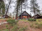 Choose this delightful Leavenworth vacation rental cabin for your next escape to The Evergreen State!