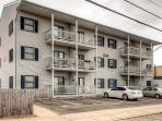Let this quaint Seaside Heights vacation rental condo serve as your home base for exploring the Jersey Shore!