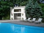 Pool House w/Lounge Deck