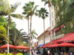 A stroll on Lincoln Road is 10-minutes away!
