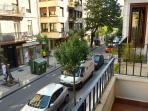 Vistas a la Calle Matía desde uno de los balcones