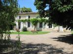 Vine house Bed and Breakfast in the Bordeaux vineyards