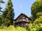 Come escape to this phenomenal Bainbridge Island vacation rental home!