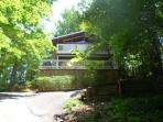 4BR/2.5BA-Community Pool, Minutes from Ober Gatlinburg, Hot Tub, Pool Table.