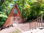 The ultimate Lake of the Ozarks retreat awaits you at this cozy Rocky Mount vacation rental cottage!