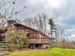 Gorgeous 3BR Hays Cabin w/Wifi & Spectacular Views from 2 Private Decks - Minutes from Stone Mountain State Park! Easy Access to Skiing, Dining, Shopping & Much More!