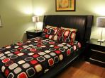 Crystal Cove - 7 bedroom villa - 6 miles to Disney!
