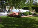 jardin et piscine.