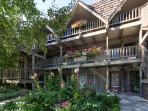An incredible condo paired with an unbeatable location makes this Aspen getaway one of the best!