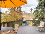Relax outside on the deck and enjoy the amazing mountain views!