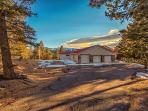 Pike View Lodge is secluded on 15 forested acres near fabulous Pikes Peak