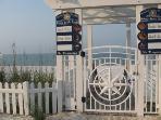 Paradise Reteat Beach Access