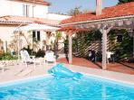 Spacious gîte, private heated pool & gardens; peaceful setting; stunning views!