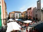 Torroella de Montgri's weekly (Mon) market