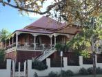 Beautiful colonial home right in the centre of Ipswich City,5 minutes walk to all local attractions