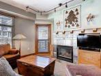 Gas Fireplace / HDTV w Cable TV / Free WiFi / Private Balcony