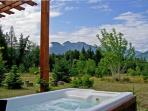 Enjoy the mountains views from the hot tub and see the stars at night