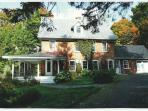 Small manor house for rent