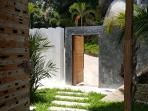Villa Seawadee entry