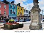 Vibrant Skibbereen town centre, with brightly coloured shops and cafes, just a 2 minute walk away!