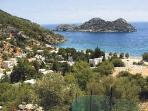 çiftlik beach, is 5 minutes drive from the cottage. There is a small market and restaurants.