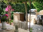 Bastide 2 outdoor dining
