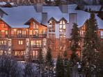 Falconhead Lodge